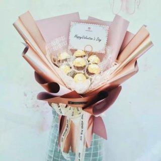 Buket Coklat Anniversary/ Kado Valentine Ferrero Rocher 7C 0121