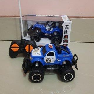 Mobil Remote Control Jeep Polisi RC Car Mini