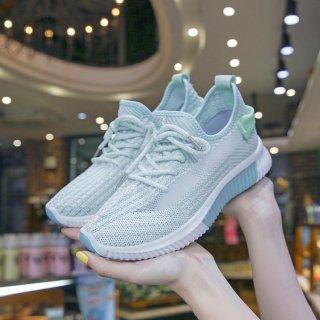 Sepatu Sneaker Wanita Kierra KR92