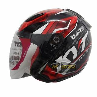 27. Helm yang Aman untuk Berkendara