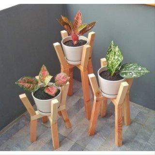 Rak Bunga Robo Standing Planter