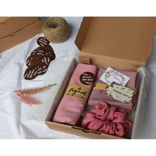 PAKET GIFT BOX / HIJAB SQUARE / PASMINA / SCRUNCHIE