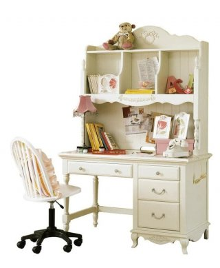 The Olive House Queen Anne Desk Set