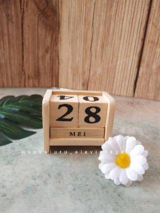 Kalender Kayu