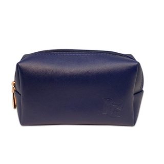 27. Travel Pouch untuk Traveling