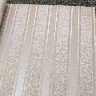 Wallpaper Dinding Vinyl Polos Garis Vertikal Coklat Krem