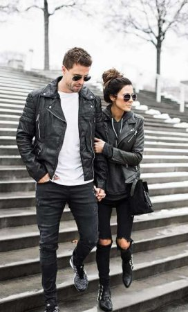 16. Jaket Couple Buat Hubungan Semakin Romantis