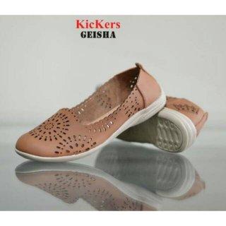 Geisha Kickers