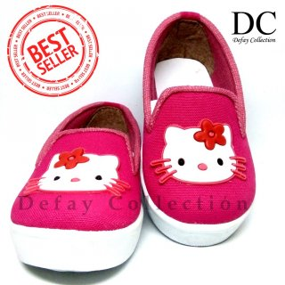 Hello Kitty Flat Shoes Anak Perempuan