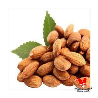 Safiya Kacang Almond