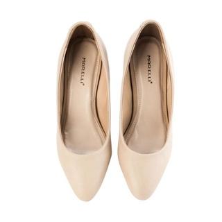 27. Sepatu, Alas Kaki yang Melengkapi Penampilan
