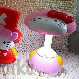 Lampu Belajar Tekuk Hello Kitty