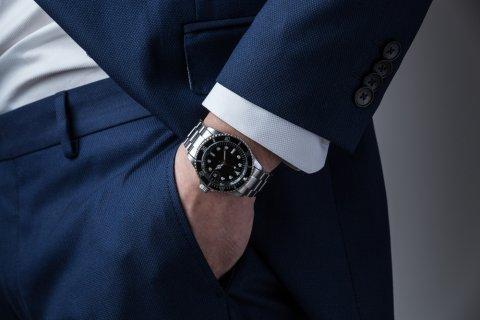 Jam tangan pria berkelas di tahun2017 9691255de9