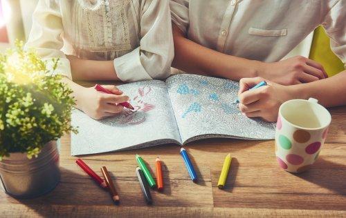Lagi Bosan Atau Nggak Ada Kerjaan 10 Rekomendasi Buku Warna