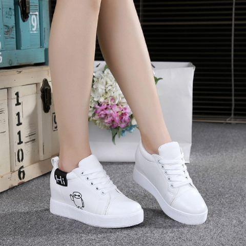 LS Sneaker Wedges MD19. Sumber gambar www.bukalapak.com. Mau lagi sepatu ... 3d10c3873f