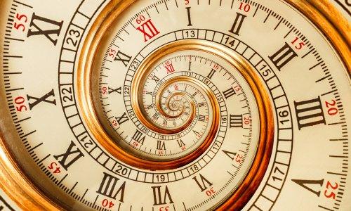 Jam Unik Bikin Kamu Betah Berlama-lama di Dalam Kamar 5b55718876