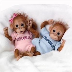 Boneka Biasanya Menjadi Benda Kesayangan bagi Perempuan atau Koleksi dan  Hiasan di Kamar Tidur ff20f498c0
