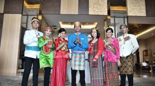 Foto Baju Adat Daerah Di Indonesia 7 Pakaian Tradisional Indonesia Ini Kaya Nilai Sejarah Dan Unik
