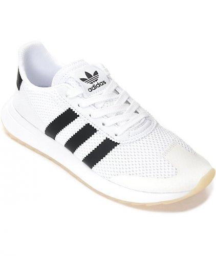 Tips Memilih Sepatu Adidas Terbaru dan Rekomendasi 10 Sepatu Adidas ... f92effb052