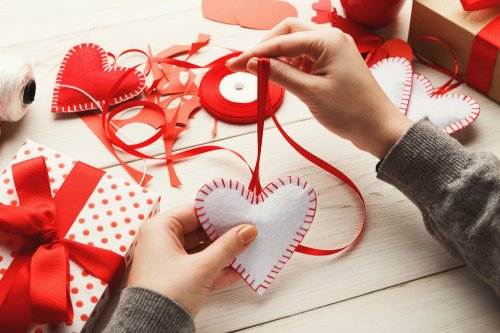 7 Useful And Romantic Handmade Gifts For Husband On His