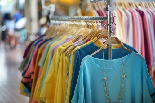 9 Rekomendasi Baju Fashion Bangkok Yang Modis Dan Murah 2019