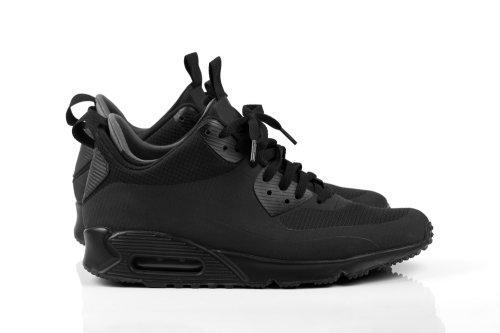 Dari mulai yang sangat kentara tiruannya sampai yang benar-benar halus dan  sangat mirip dengan sepatu asli Nike. Agar tidak tertipu barang ... 3706258086