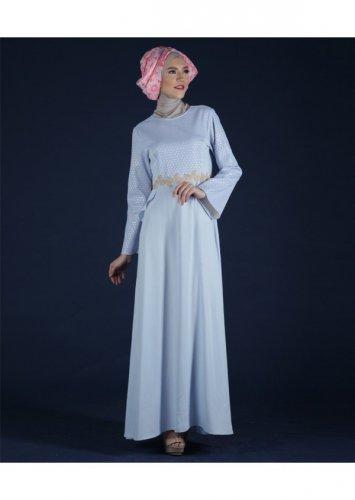 9 Desain Baju Muslim Ivan Gunawan yang Indah dan Bergaya fbf325952d