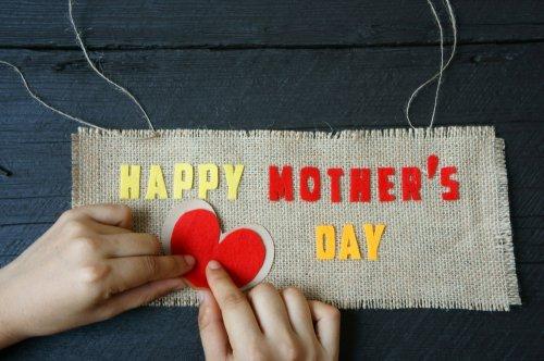 Ungkapkan Cinta Pada Ibu Lewat Kado 10 Kreatif Dan Unik