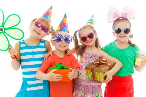 5 Return Gifts For Kids Birthday Party Under Rs 100