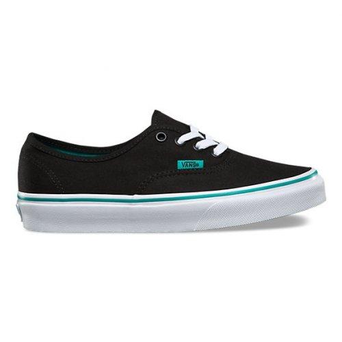 9 Rekomendasi Sepatu Vans agar Penampilanmu Selalu Keren di Setiap ... 2a8803e46d