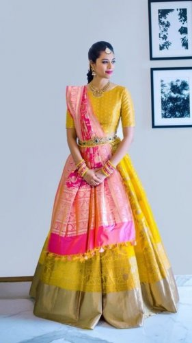07b879972ee4 Confused by The Evergrowing New Trends in Lehenga? Eyecatching ...