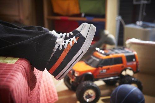 9 Sepatu Anak Laki laki Keren Untuk Anak Anda Di 2018 363b004a35