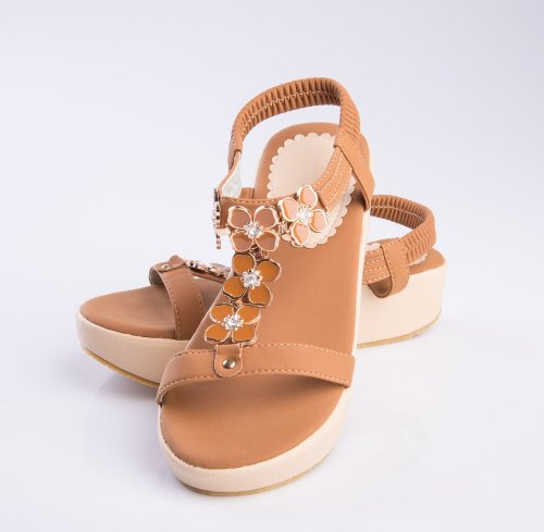 Model sepatu sandal memang penting untuk dipilih karena model yang keren  bisa membuat penampilan kita makin modis juga. Namun akan lebih oke lagi  jika kita ... 265797252c
