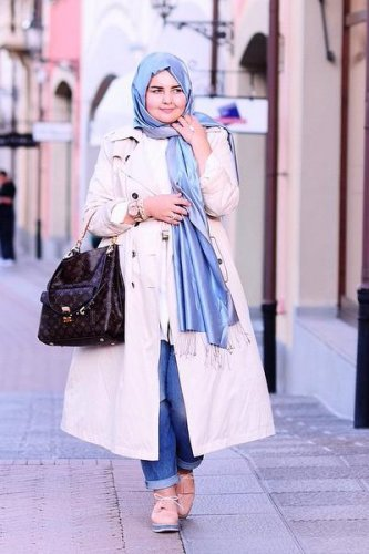 54 Gaya Baju Casual Untuk Wanita Gemuk Berhijab Paling Keren