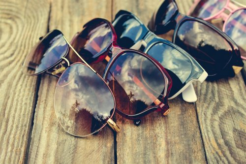 Inilah 8 Rekomendasi Kacamata Prada Paling Pas untuk Gaya Keren Anda 2d62b04b13