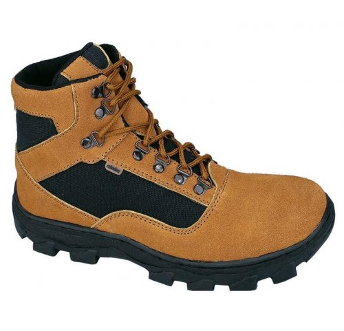 9+ Pilihan Sepatu Boots Pria Terbaru Yang Bikin Kamu Makin Keren! 4cb6591b5e