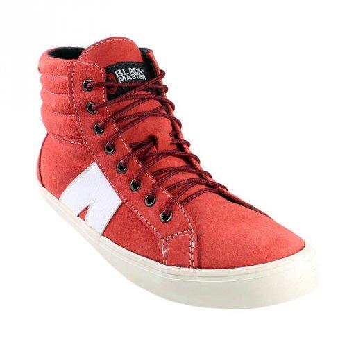 Pilihan Sepatu Sneakers Merah yang Pas untuk Melengkapi Gayamu db077c306d
