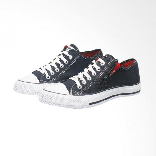 10 Rekomendasi Sneakers Murah dengan Harga Rp 100 Ribuan Ini Bikin ... 0e71a68814