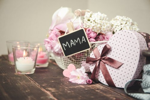 8 Kado Yang Cocok Untuk Ibu Di Hari Istimewanya 2018