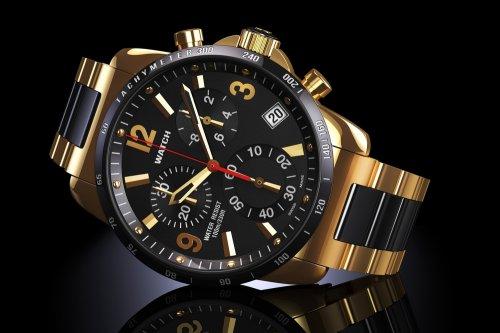 Hublot juga menjadi salah satu produsen jam tangan pria terbaik yang ada  saat ini. Didirikan pada 1976 oleh Carlo Crocco d79f7e6c85