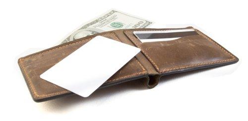 2649e6380b4491 Merek terkenal adalah salah satu jaminan untuk bisa mendapatkan dompet  berkualitas. Karena merek tersebut tentu tidak ingin reputasi mereka turun  karena ...