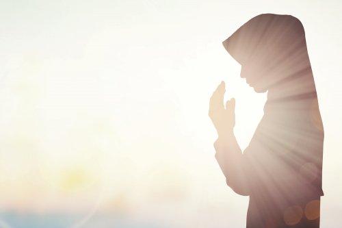 10 Hijab Syar I Untuk Wanita Muslimah Yang Ingin Tampil Cantik Dan Santun