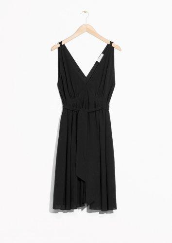 Bertubuh Mungil Ini Dia 9 Gaun Yang Cocok Untuk Kamu