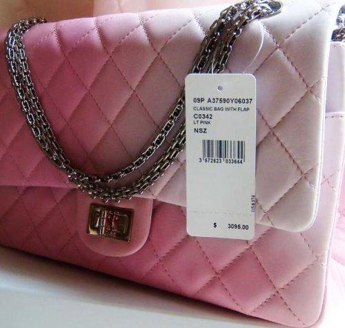 11 Tas Wanita Branded Untuk Anda Yang Tidak Mau Kalah Gengsi 23f1a46a5b