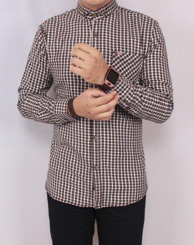 11 Baju Hem Pria Terbaru yang Membuat Pria Bisa Tampil Makin Kece 7cafdc83c7