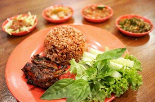10 Kuliner Unik Di Bandung Wajib Coba Dan 5 Kafe