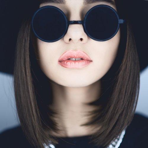 Makin Keren bak Bintang K-Pop dengan Kacamata Korea dan 10 ... b8fcc0283c