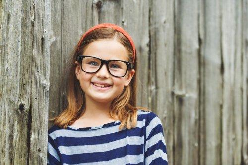 10+ Pilihan Kacamata yang Pas untuk Anda yang Berhidung Pesek 137f792ff9