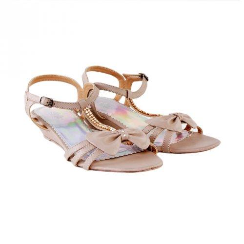 Sumber gambar www.blibli.com. Coba juga sepatu sandal ... 7794374116