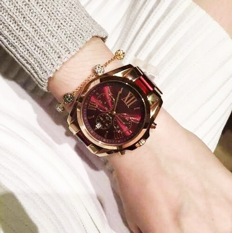 彼女のクリスマスプレゼントに人気のおしゃれなレディース腕時計